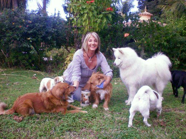 Über Evi - Evi mit Hunden